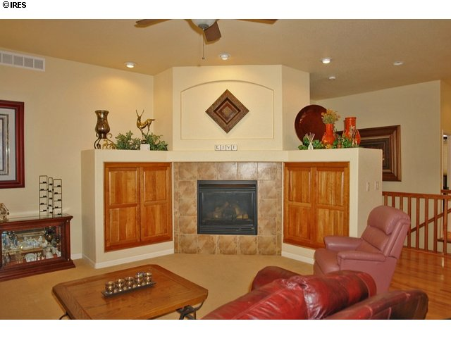 Beautiful entertainment center w/gas fireplace